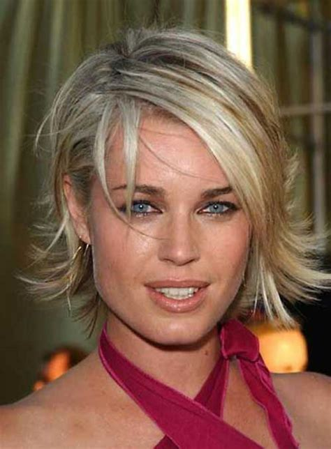 layered flipped up haircuts stunning medium length haircuts for women hairstyle ideas