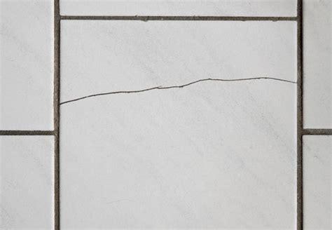 Bohrloch In Fliese Reparieren 5995 by L 246 Cher In Fliesen Bohren Obi Ratgeber