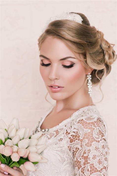 Verspielte Hochzeitsfrisuren by Maquillage Mari 233 E Naturel 60 Photos Inspirantes Et Conseils