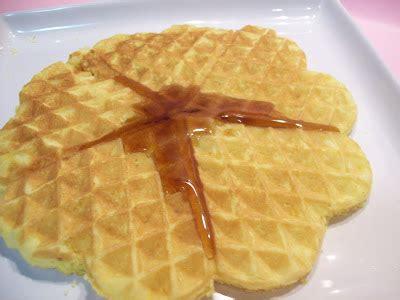 decorare waffel i dolci di waffel