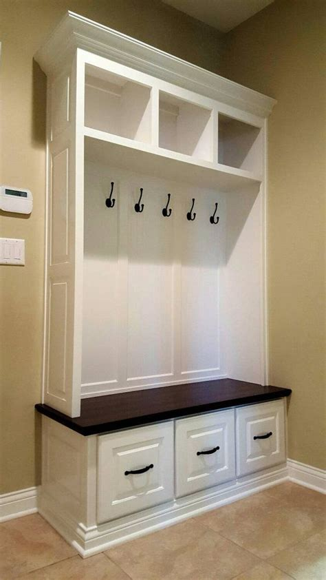 mudroom lockers with bench built ins 25 best ideas about built in lockers on pinterest