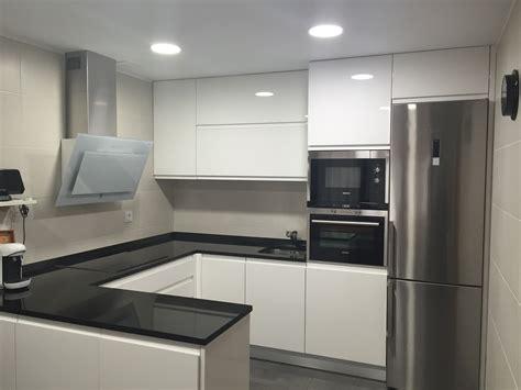 encimeras cocinas blancas encimeras para cocinas blancas free galera fotogrfica