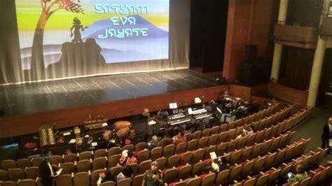 Kursi Tamu Undangan terjadi gempa tamu undangan ultah megawati sempat berhamburan nasional tempo co