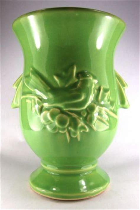 Mccoy Pottery Vases Values by 25 Best Ideas About Mccoy Pottery On Mccoy