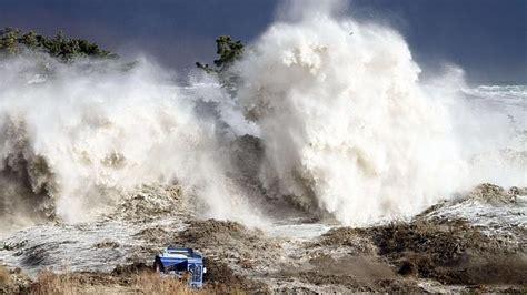 imagenes tsunami japon nuevas nuevas im 225 genes del tsunami en jap 243 n s 243 lo noticias