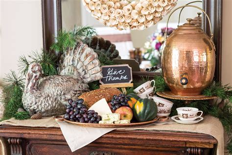 how to set a thanksgiving table set a thanksgiving table inspired by the harvest