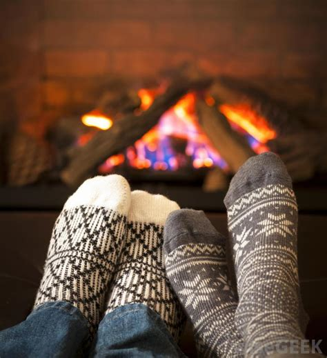 sock fireplace what causes itchy with blisters with pictures