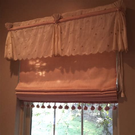 Custom Window Cornice Custom Window Treatment Windowtreatments Valances