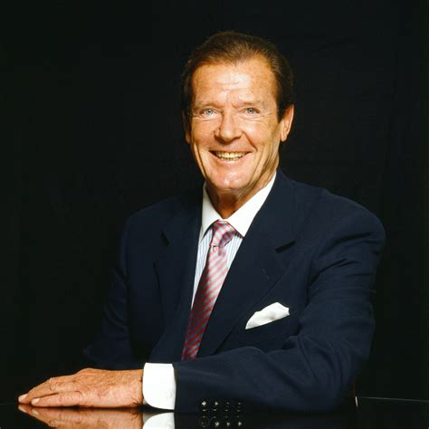 roger moore strange tales sir roger moore on tour