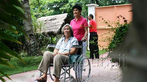 altenpflege auf den philippinen mabuhaii nursing home