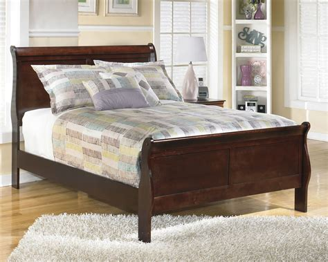 Alisdair Sleigh Bedroom Set by Alisdair Sleigh Bed From B376 81 96