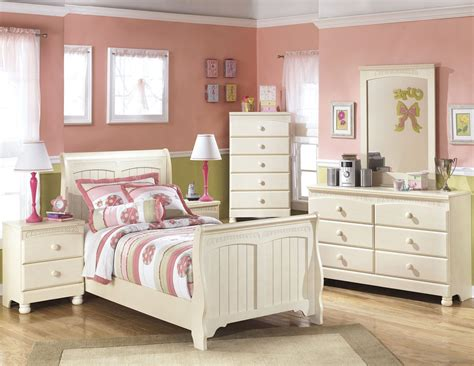 cottage retreat bedroom set cottage retreat youth sleigh bedroom set from ashley b213