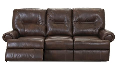 traditional reclining sofa traditional power reclining sofa by klaussner wolf and