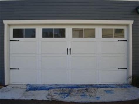 Cottage Style Garage Doors by Garage Doors Cottage Style Decor