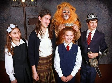 witch and wardrobe cast travel to narnia with kirk players