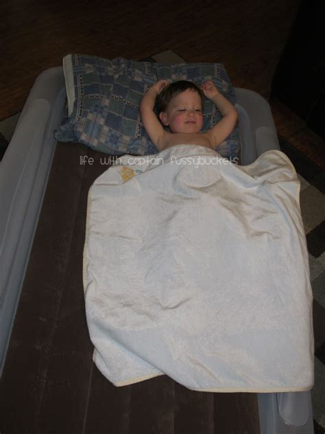 the shrunks toddler travel bed holiday traveling is made easy with the shrunks toddler