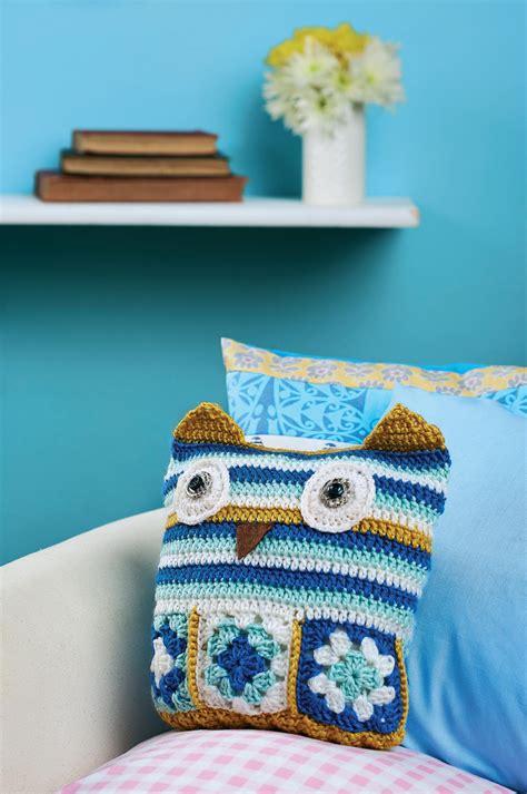 Free Pattern Owl Cushion | crochet owl cushion crochet pattern