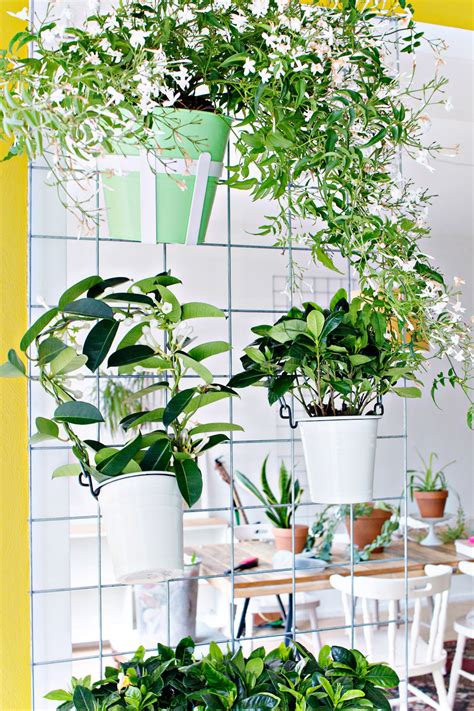 Green Wall Planters by Green Diy Wall Planter