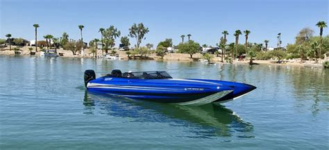 worlds fastest outboard boat fastest boats in the world boats