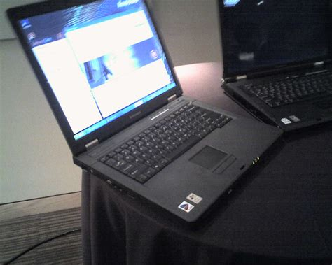 Laptop Lenovo N100 lenovo 3000 series c100 available v100 ultraportable and