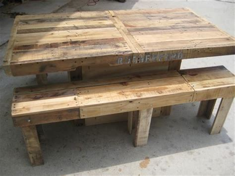 15 must see pallet dining tables pins bar tables