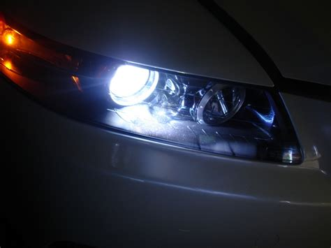 Hid Lights by Brightest Hid Headlight Bulbs For 2017 Autolightingcenter