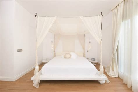 Platform Canopy Bed Frame Sleep Like A King Dreamy Baldachin Ideas