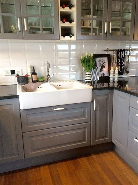 küche rustikal wohnzimmer ideen taupe