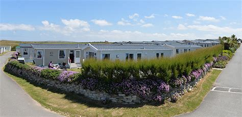 Luxury Caravan hire caravans mother ivey s bay holiday park