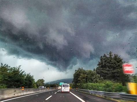 tempo italia pavia maltempo pioggia e grandine in provincia di pavia tromba