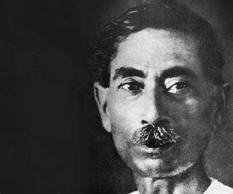hindi writers biography in hindi munshi premchand biography childhood life achievements