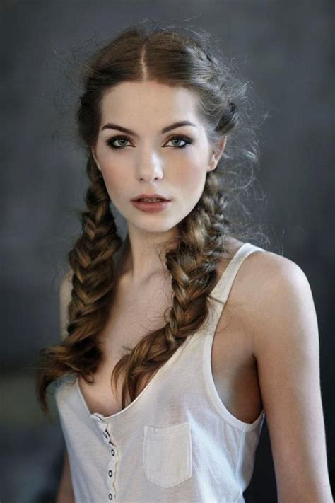 easy to manage hairstyles for long hair 121 best friends images on pinterest bing images 70 s