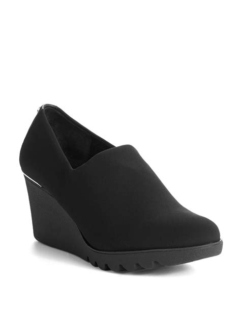 donald j pliner maddy wedge shoes in black lyst