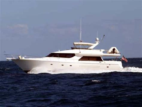 large yachts for sale 78 west bay sonship large motor yacht large yachts for sale