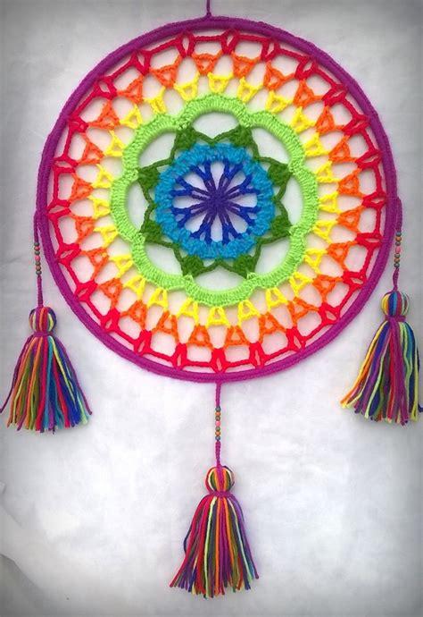 Más de 25 ideas increíbles sobre Mandalas Tejidas en Pinterest   Como hacer mandala