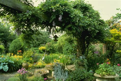 beautiful english country gardens love sepphoras