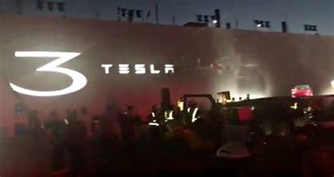 Tesla Events Sneak Peek Of Tesla Model 3 Event It S Going To Be An