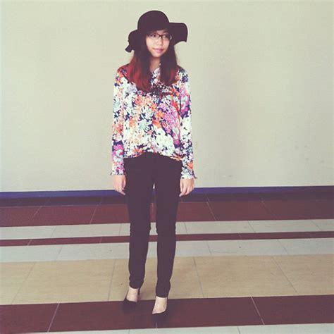 Shirt L Zara tamsloth l zara floral shirt floppy hat lianne la