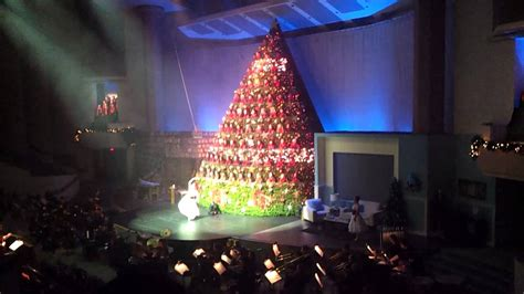 singing christmas tree broadway church vancouver youtube