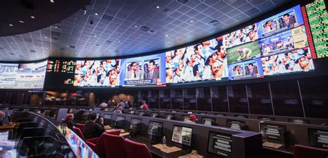 top sports bars in las vegas that s the seat the best sports books in vegas for watching football las vegas blogs