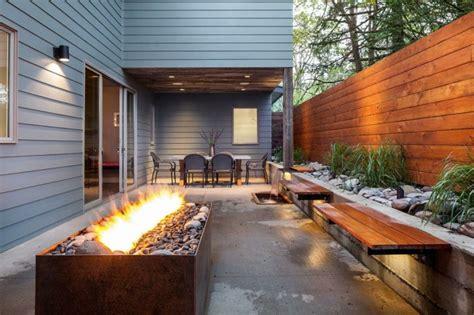 terrasse design amenagement jardin moderne terrasse design avec cheminee