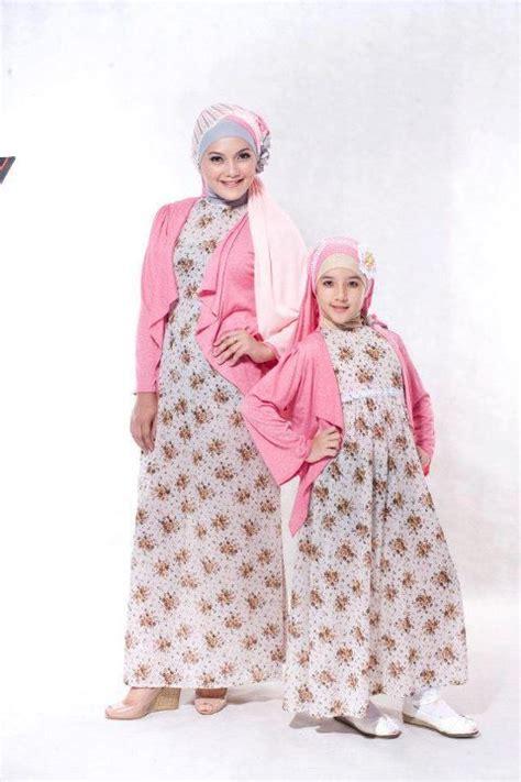 Baju Baru Muslim 30 Model Baju Muslim Ibu Dan Anak Pada Tahun 2016