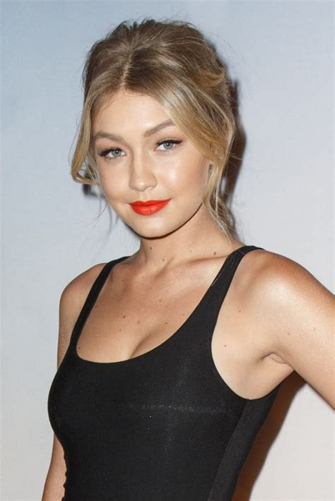 gigi hadid wikipedia gigi hadid wiki boyfriend net worth parents and