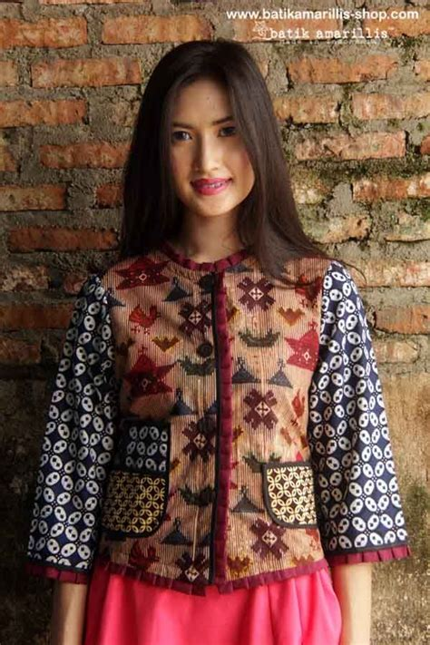 Hem Clasic Twis Atasan Baju Wanita 90 best images about batik amarillis s parisian walkways on wardrobes chic and