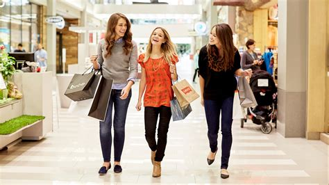 Look Chic While Grocery Shopping by Deals Mall Of America