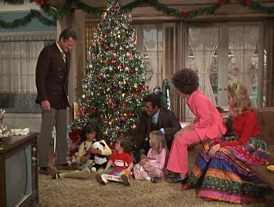 elizabeth montgomery s family tree bewitched christmas tv history bewitched christmas 1970