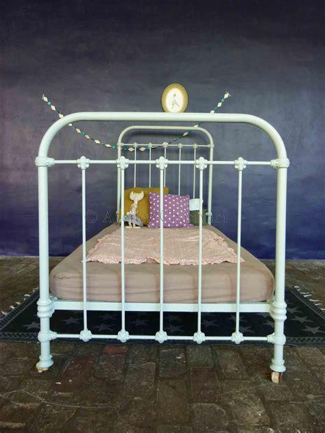 lit enfant ancien lit fer forge enfant