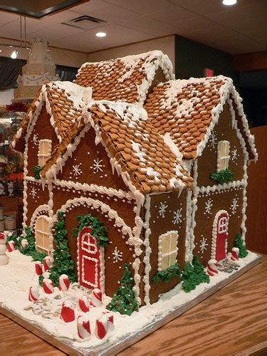 Gingerbread Houses For Sale by Glen Oaks Primitives Gingerbread Houses Anyone And These