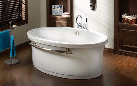 Oceania Bathtubs the fixture gallery oceania essential oval freestanding