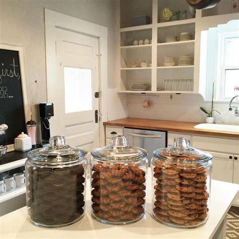 khloe kardashian bathroom khloe kardashian s organized cookie jars totally inspired